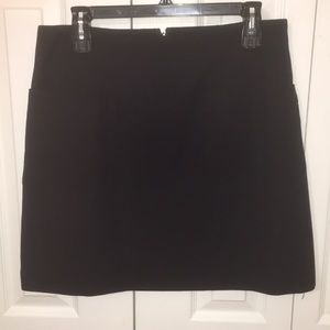 Black Mod-Inspired A-Line Miniskirt with Pockets